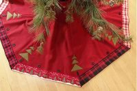 Red Christmas Tree Skirt Lodge Wool